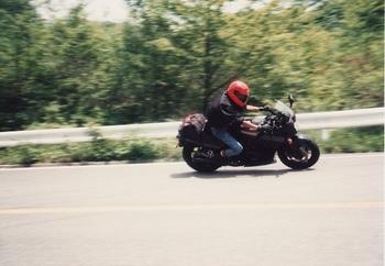 198906_1.jpg